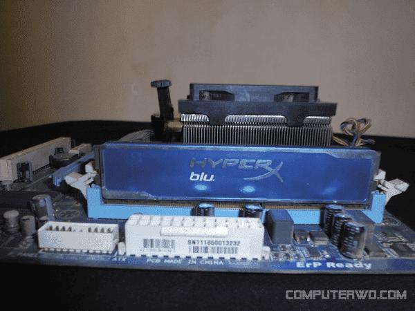 ram DzTechs - شرح كيفية تجميع كمبيوتر جديد بأكمله في خمس خطوات فقط
