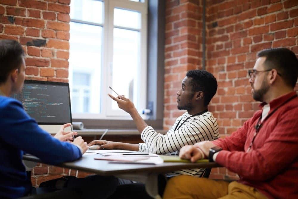 Comment mettre en place un plan pour démarrer une activité en ligne et en tirer profit
