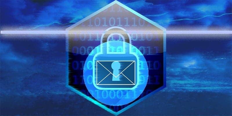 أي من مزودي خدمة البريد الإلكتروني يقومون بفحص رسائل البريد الإلكتروني الخاصة بك؟