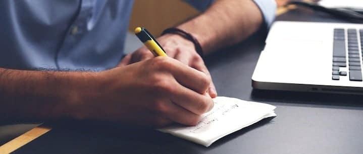 كيف تحفز نفسك للتدوين عندما تشعر بأنك محبط وتريد تركه - مقالات