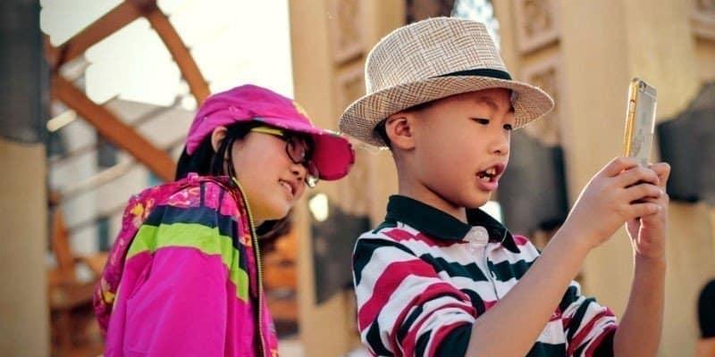 أفضل الهواتف المحمولة للأطفال في عام 2020