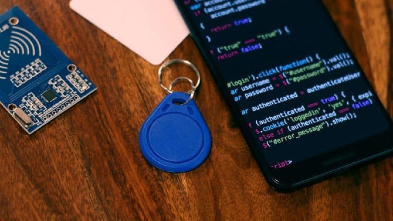 كيفية برمجة علامات NFC - دليل خطوة بخطوة مع مثال تعليمي