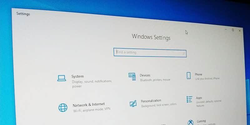7 إعدادات يجب عليك تحسينها بعد تثبيت Windows 10