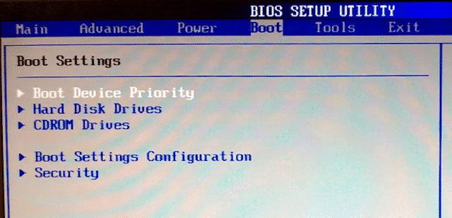 1 windows 10 mac installer bios boot DzTechs - Windows 10 لا يقوم بالتمهيد ؟ إصلاحات لتشغيل الكمبيوتر مرة أخرى