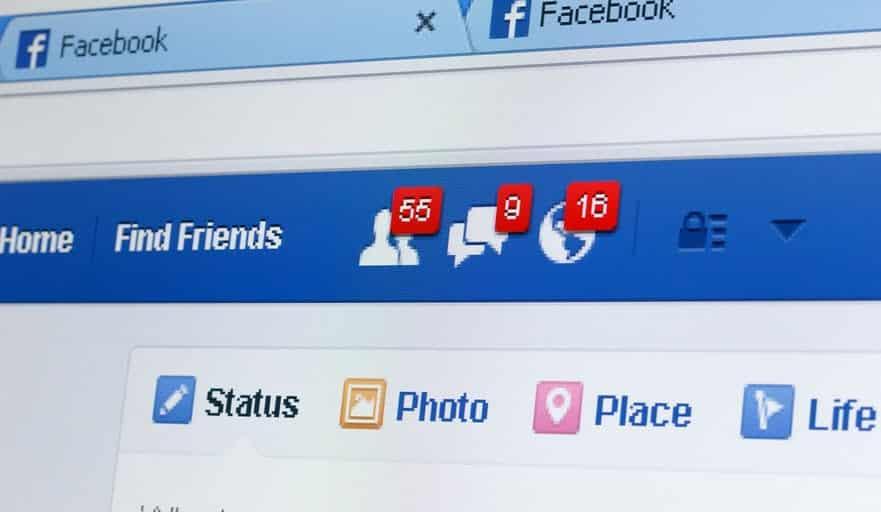 كيفية استرداد منشور تم حذفه من Facebook : خيارات عملية وغير عملية