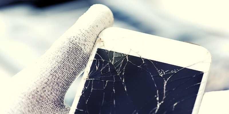 كيفية الوصول إلى بيانات هاتف Android مع شاشة مكسورة