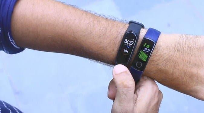 مراجعة Mi Smart Band 4 - أفضل سوار اللياقة البدنية للميزانية المتوسطة؟ - Mi Band