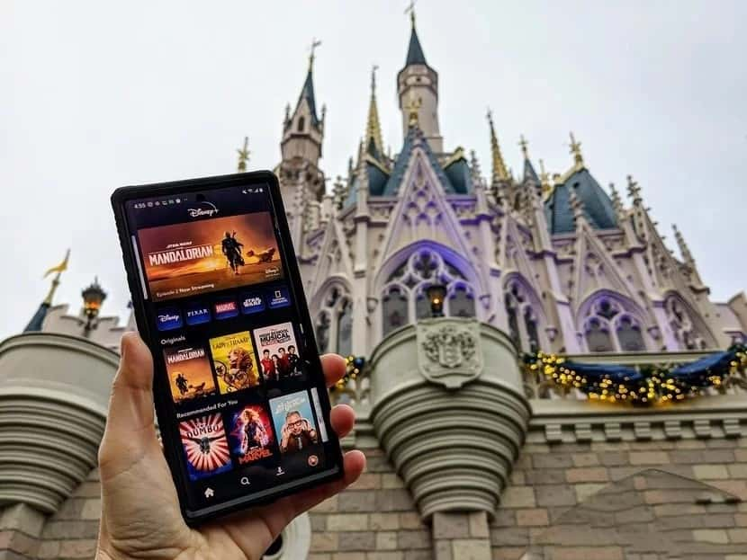 أفضل النصائح والحيل والميزات على Disney +
