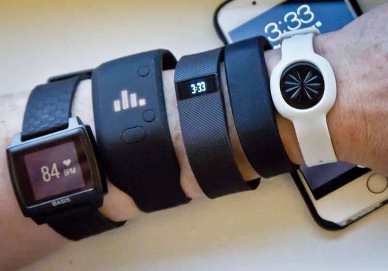 مقارنة بين الساعات الذكية و أجهزة اللياقة البدنية؟ الاختلافات وكيفية اختيار الجهاز الذي يناسبك