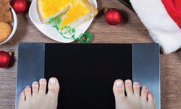 كيفية تجنب زيادة الوزن خلال موسم العطلات (مع الحفاظ على الاستمتاع)