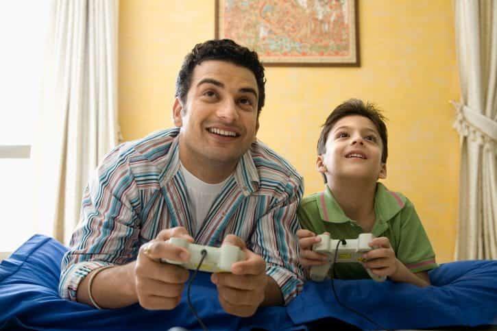 أفضل ألعاب الفيديو التي يمكنك لعبها مع والديك