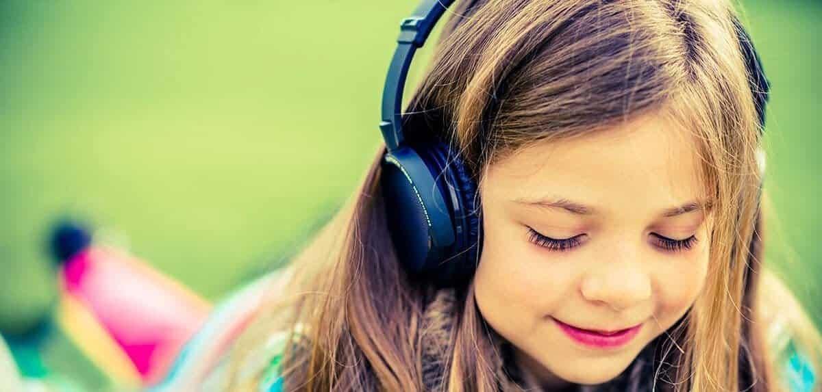 أفضل مواقع الويب للعثور على معاني وتفسيرات الأغاني مع الكلمات - مواقع