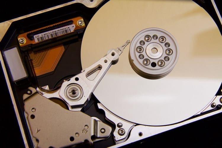 مقارنة بين SSD و HDD: أي جهاز تخزين يجب أنتختار؟ - مراجعات