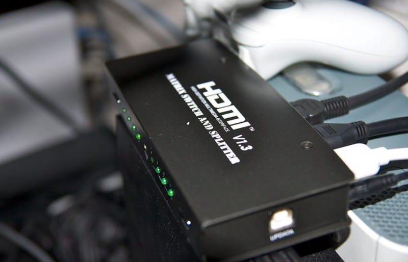 كيفية استخدام شاشات مُتعددة على الكمبيوتر من خلال توزيع إشارة HDMI - شروحات