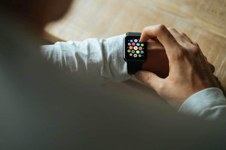 هل يجب عليك شراء Apple Watch؟ أسئلة يجب طرحها قبل القيامبذلك - Apple Watch